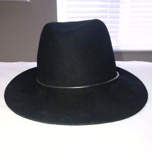 Janessa Leone Black Wool Hat (M)